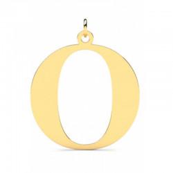 Złoty wisiorek w kształcie literki O